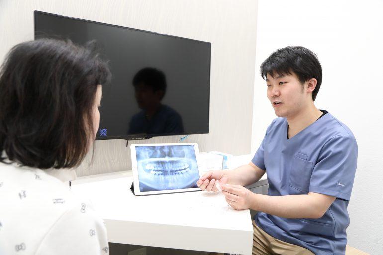 大阪のHANA Intelligence 歯科•矯正歯科で部分矯正を行う場合、メリットとデメリットはしっかりお伝えさせていただきます。